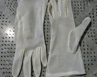 1950s White Driving Gloves