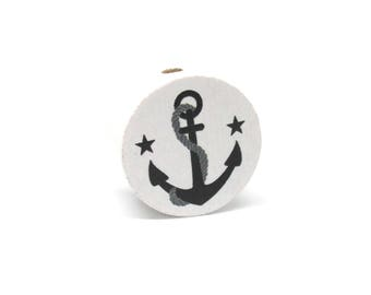 Wooden flat white/black anchor bead