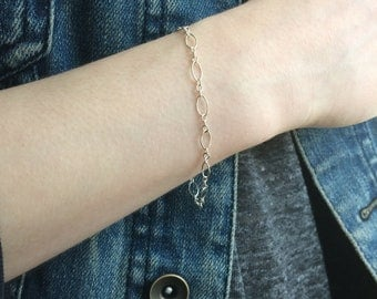 Sterling Silver Chain Bracelet, Dainty  Bracelet,  Oval Link Bracelet, Stacking bracelet,  Bridesmaid gift, everyday bracelet