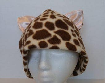 SPOTTED CAT  Fleece Beanie