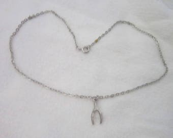Vintage Lucky Wishbone Pendant & Chain Necklace Silver Tone