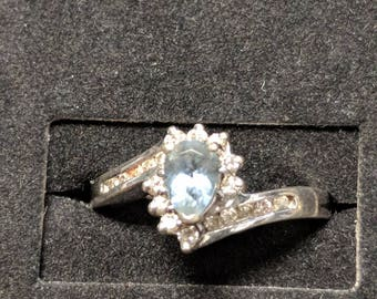 Blue stone in White Gold Ring Size 7