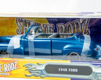Rare Road Signature Shyne Rodz 1948 Ford Convertible 1/18 Diecast