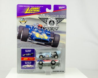 Johnny Lightning Indianapolis 500 Champions 1975 Bobby Unser 1/64 Diecast