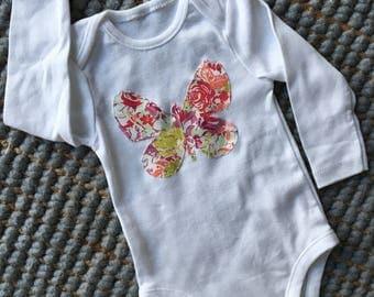 Girls butterfly bodysuit. Girls onesie. Baby girl butterfly onesie. Butterfly appliqué bodysuit. Girls bodysuit. Shower gift