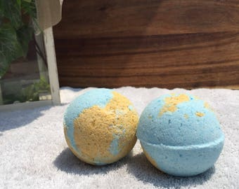 Tropical Oasis fizzy bath bomb