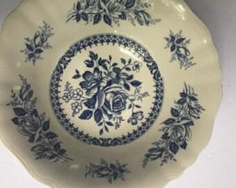 English Staffordshire - J&G Meakin - Chelsea Roses Pattern - Serving Bowl - Vegetable Bowl