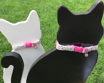 Handmade | Cat Collar | Kitten Collar | Adjustable Collar | Breakaway Collar | Collar with Bell | Girl Cat Collar | Pink Collar | Floral