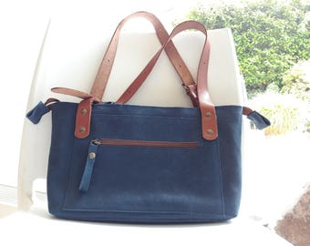 bag blue leather Brown interior pocket outside Pocket