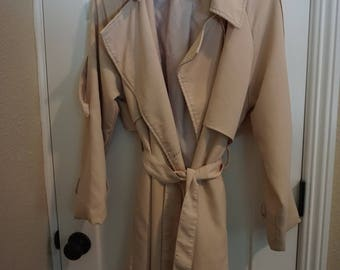 Female cream-colored jacket