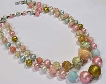Vintage double strand of pastel beads in fifties style