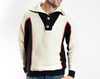 Vintage Mens Sweater / Color Blocking Pullover in Cream and Blue / Made in Taiwan by Snowdrift