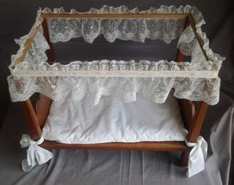 Lacy Doll Bed