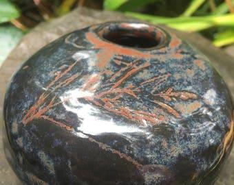 stoneware ikebana rock-vase