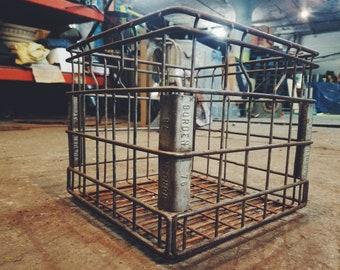 Vintage Borden Metal Milk Crate 1976