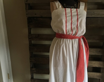 Vintage Dress with Detachable Belt