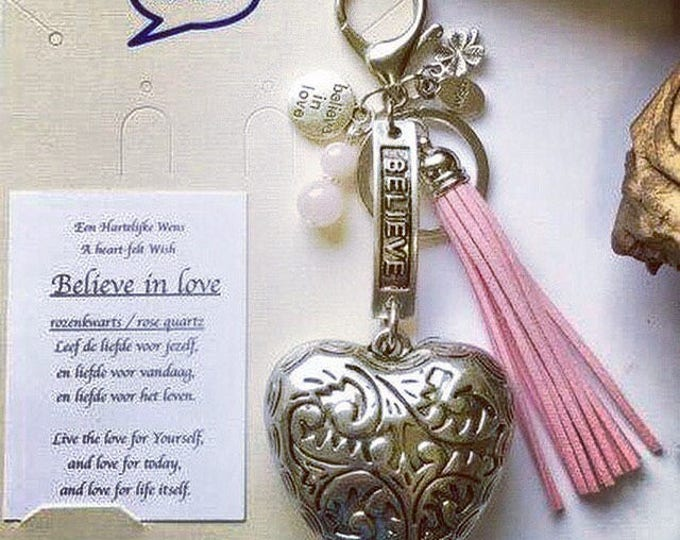 Tas/Sleutelhanger believe in love free shipping within NL
