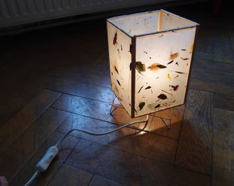 Flower lamp shade natural