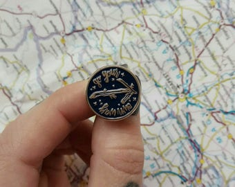 Go Your Own Way Pin Badge