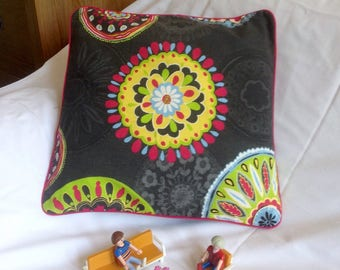 Cushion square 40 x 40 cm polychrome rosettes