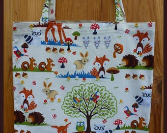 """""""Forest animals"""" fabric bag, semi plasticized, ideal for his sheet music."""