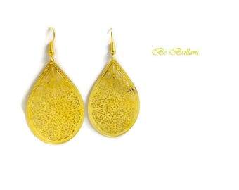 Drop earrings gold filigree prints
