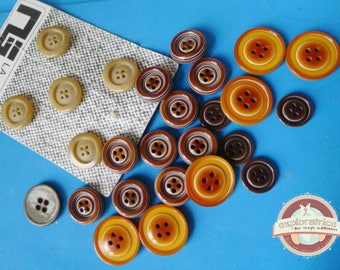 26 round buttons in shades of brown beige rhodoïd and polyester buttons