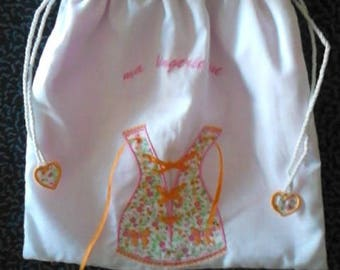 """lingerie bag embroidered """"CORSET with lace"""" machine embroidery pattern on white cotton canvas, lined"""