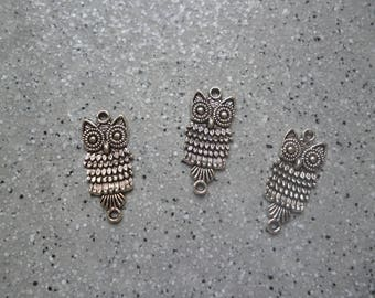 Lot de 3 Breloques connecteurs chouettes en métal argenté , breloque chouette, breloque hibou, accessoires bijoux