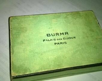 567) jewelry box, old cardboard
