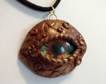 Brown Dragon's eye necklace