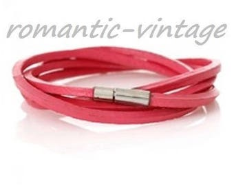 fuchsia multi rounds and silver clasp leather bracelet