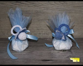 """10 door sweets blue pacifier """"jeans"""" Purple and white crochet for baptism"""