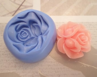 """""""Beautiful highly detailed rose 3.5 cm"""" flexible silicone mold"""