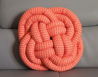 Cushion Orange sailor knot