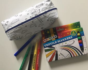 Coloring with markers textil bag
