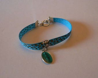 Turquoise leopard bracelet with blue miraculous medal