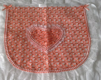 apron orange Ribbon & lace with its heart-shaped Pocket