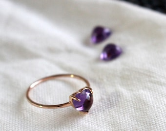 18K Rose gold heart cabochon Amethyst Ring