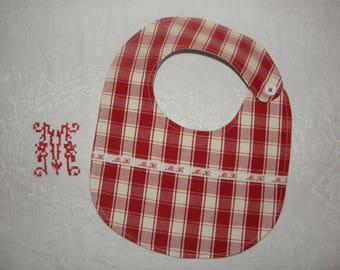 "Red and ecru cotton ""MX"" ref.1443 baby bib"