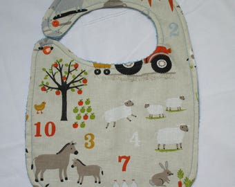 Baby bib, learn to count on the farm