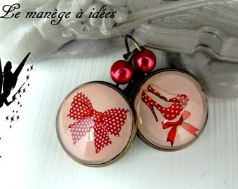 "Earrings / Stud Earrings / bronze metal cabochon ""Red chic"""