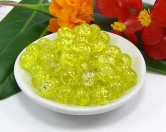 Set of 10 8 mm yellow crackled glass beads