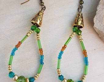 Earrings drops in green, blue and gold glass beads