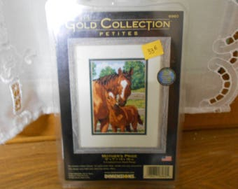 "Kit ""The Gold Collection"" the mother and foal"
