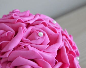 """Custom order: bouquet ball 20 / 25cm with wrist way """"beaded necklace"""" pink with Rhinestones and white roses."""