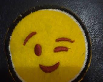 Eye emotij iron on embroidery patch