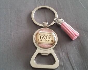 """key ring bottle opener """"Auntie who rocks"""" by lolaclarabijoux REF:DETATA06"""