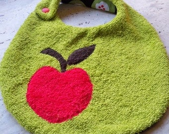 Funny bib pattern Red Apple sponge