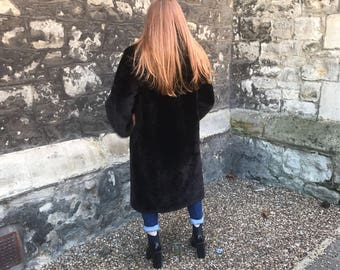 Stunning vintage fur coat. Real fur, repaired and looking for a good home!